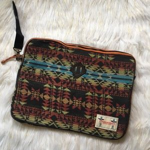 "O'Hanlon Mills 13"" Patterned Laptop Case"